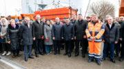 Новейшая коммунальная спецтехника вышла на улицы Московской области